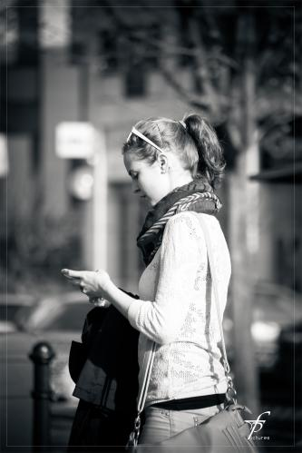 living_with_a_cell_phone_03